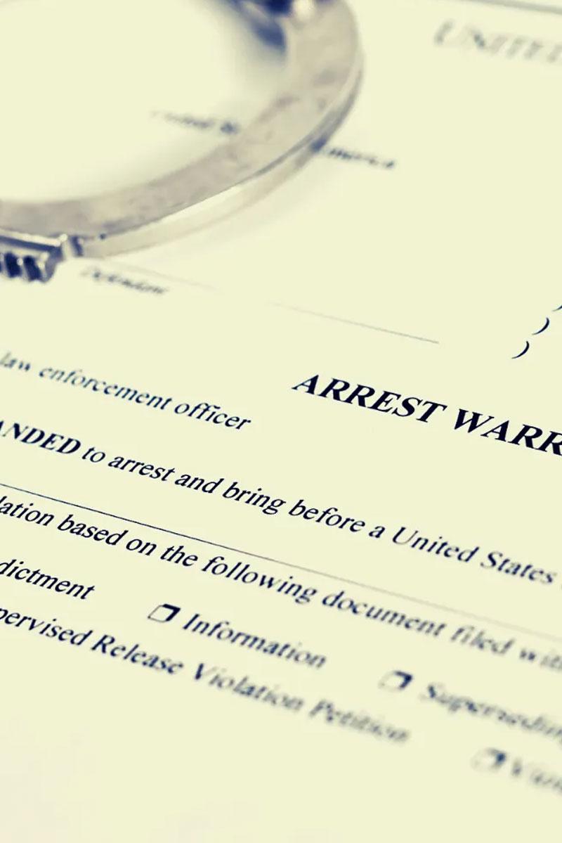 Arrest Warrants Attorney in Pinellas County